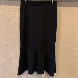 Aime pencil skirt. EUC. Size Large.